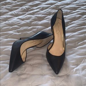 Jessica Simpson black pointy heels